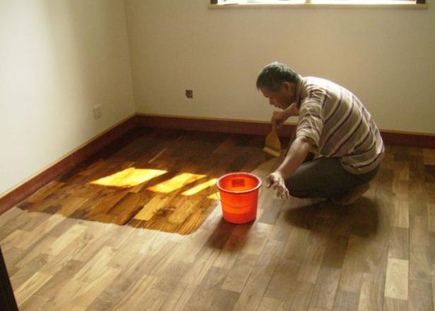 木地板翻新保养